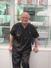 dr-Simon-rosenbaum
